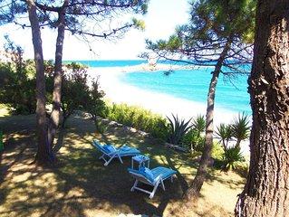 appartamento in Villa esclusiva con giardino confinante con la spiaggia