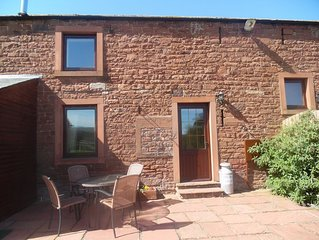 Hayloft Cottage Sleeps 6 (2 Bedrooms)-  Sky television now available