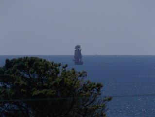 Large vue mer,proche de la Pointe du Raz,maison spacieuse à 300 m de la plage.