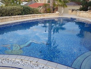 MELLIEHA VIEW APARTMENT WITH USE OF POOL WITH BEAUTIFUL  VIEWS.