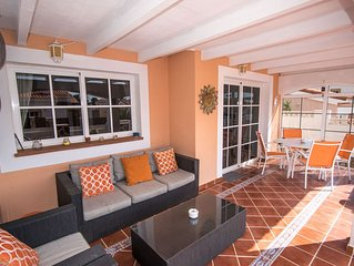 STUNNING VILLA WITH HOT TUB, 10 MINS WALK   TO THE BEACH,WITH COMMUNAL POOL.