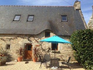 Vine Cottage - Vine and Wisteria Cottages