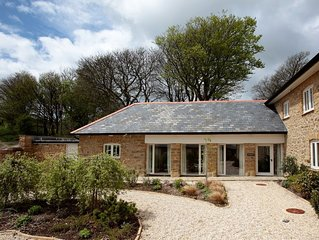 THE STABLES barn conversion (sleeps 8 in 4 bedrooms - 2 king, 1 double & 1 twin)