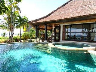Villa Bundar: Luxury Beachfront Villa With Staff