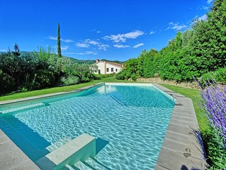 7 bedroom Villa, sleeps 16 with Pool, Air Con and FREE WiFi