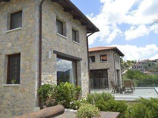 Winterfell Estate (near Delphi)