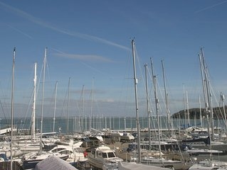 Gorgeous Townhouse Overlooking Cowes Marina