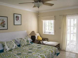 2 Bedroom Apartment Orange Hill,  Rockley Golf Course, swimming pool and golf.