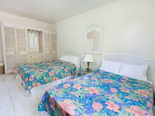 Apt 5 Balcony Rock - Air conditioned apartment 6 minutes walk from the beach