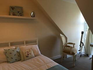 5 Bed Holiday Cottage, child and pet friendly, close to beach and village centre