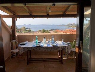 Attico con vista spettacolare a Baja Sardinia in Costa Smeralda