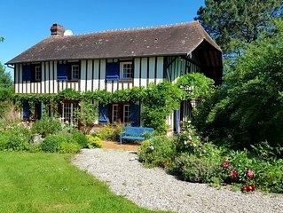 Maison normande de charme avec parc arbore