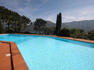 Mezzegra Resort - sleeps 2