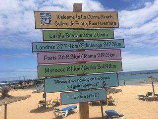*Caleta de Fuste, Fuerteventura, Sunny 1 bedroom apartment near beach & UK TV