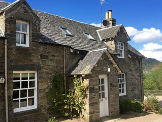 Tastefully upgraded traditional cottages, stunning location, walk to Aberfeldy