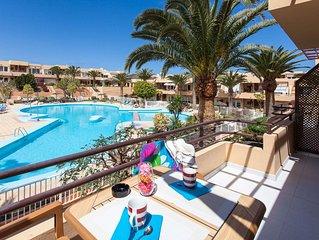 Apartamento Kalma 2 a 300mtrs de la playa con Piscina, WIFI, TV Satélite.