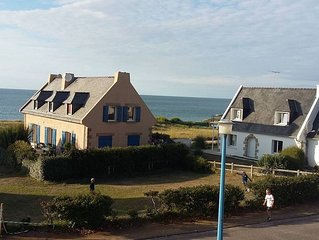 maison bord de mer les pieds dans l eau