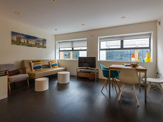 Bright 1BD loft/flat central London/City/St Paul, spacious, quiet, modern
