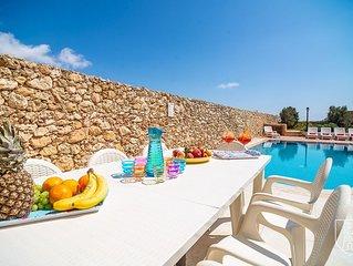 Il-Hemda - Semi-Detached 4 bedroom farmhouse with pool, sea views & garden