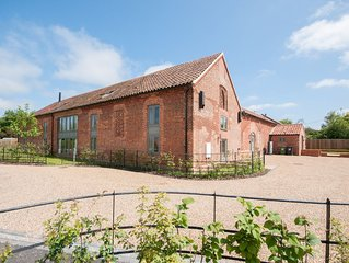 Barn Conversion With Luxury Comfort And Beautiful Peaceful Location
