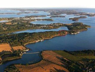 situation exceptionnelle en pleine nature au bord  du Golfe du Morbihan, 2 à 8 p