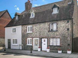 18th century flint cottage in Arundel