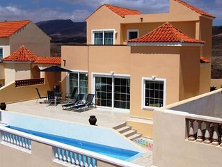Luxury 3 Double Bed Villa With Private Pool (Electronically Heated)