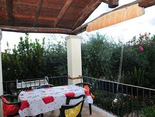 'MAESTRALE'  con giardino e porticato - Casa a 100 metri dal mare