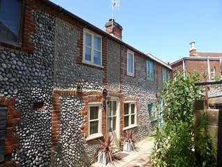 A real hidden gem, this great little bolthole for two is perfect for a seaside g