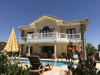 Villa With Private Pool, Garden And BBQ, Fully Air-conditioned. Mountain And Cou