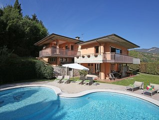 Large Modern Villa With Private Pool, hot tub, A/C, Stunning Lake Views In Salo