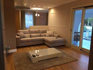 Appartamento di Lusso in Villa Bifamiliare