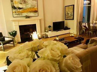 Luxurious 2 bedroom / 2 bathroom design apartment In the heart of Kensington