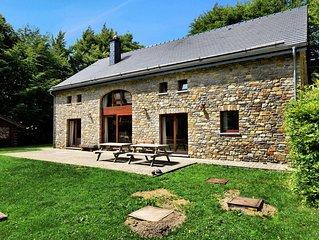 Lavish Holiday Home in Malmedy with Sauna