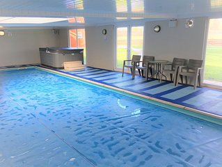 Beautiful Country Cottage private Indoor Swimming Pool ,Hot Tub, & Games room.