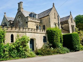 6 Bedroom Listed Family Home in Calne