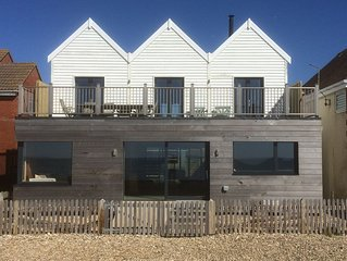 Twitterings - A Stunning New Beach House On The Sea Front At West Wittering.