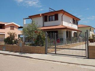 Shardana Blu - Casa vacanze con giardino - 4 posti letto