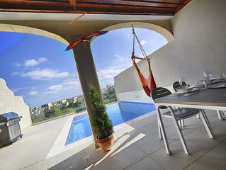 Three bedroom, luxury apartment with private pool