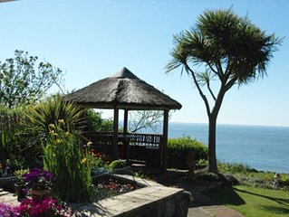 Self contained 5 star Boat House Studio overlooking the Sea ideal for couples