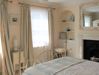 Family-friendly house, close to Weymouth Harbour and Hope Square