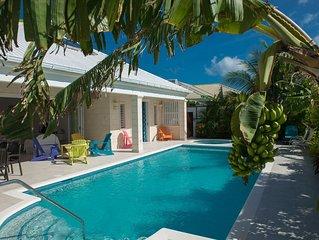 Luxury 3 bedroom, 3 bathroom villa with pool and jacuzzi