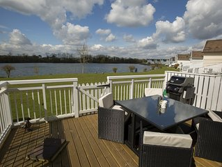 One Spring Lake, in the heart of the Cotswold Waterpark