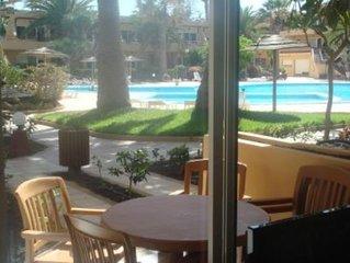 Acogedor apartamento en primera linea de la piscina en las Dunas