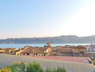 Villa Viviana at walking distance from the historic centre of Salo