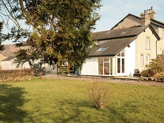 Superb 2 bedroomed cottage & large garden