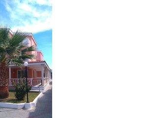 Ferienhaus in Kusadasi in der Nahe von Bodrum, fur 10 Personen!