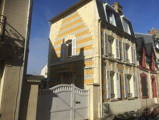 Tres agreable maison de patron  pecheur -Beau JARDIN en centre ville et au calme