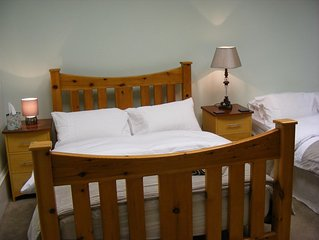 Victorian guesthouse 6 Rooms available L40 per person per night