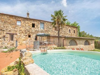 3 bedroom accommodation in Castellina in Chianti
